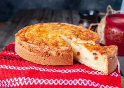 Pască cu Brânză și Stafide