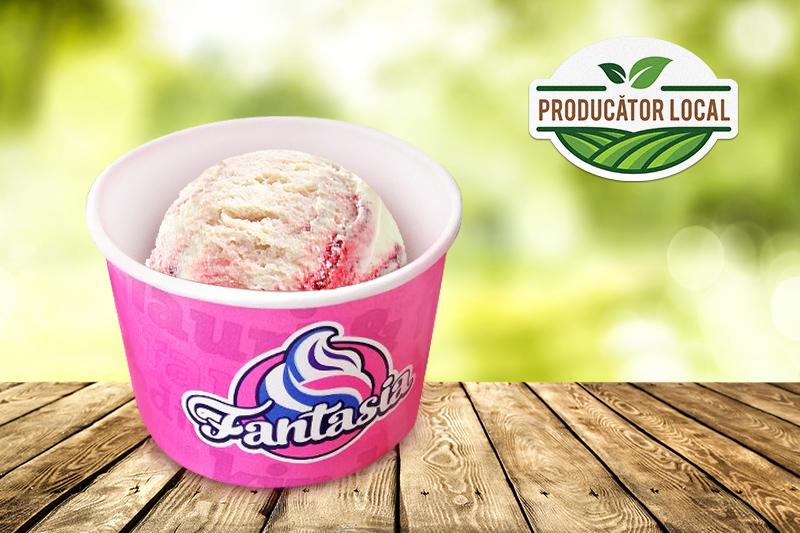 Înghețată iaurt și fructe de pădure